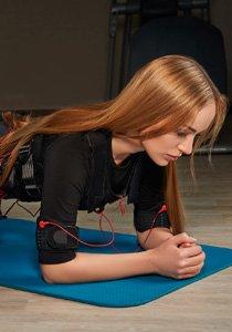 Selbstversuch EMS-Training: Mit Strom gegen den Speck