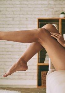 Bindegewebe stärken: Diese Methoden machen schlaffe Haut schön straff