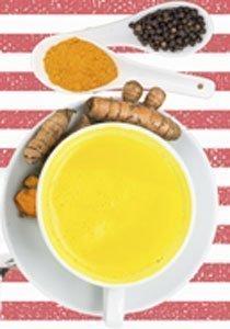 3 goldene Milch Rezepte aus der Ayurveda-Küche, die euch fit machen