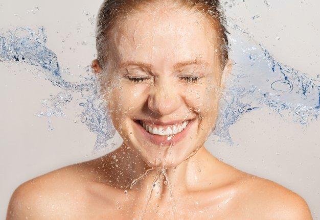 Gesichtswasser: Alles was du über Toner wissen musst