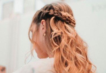 Partyfrisuren: Die schönsten Hairstyles zum Nachstylen