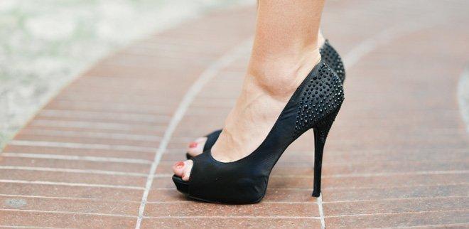 paare nackt high heels und strapse