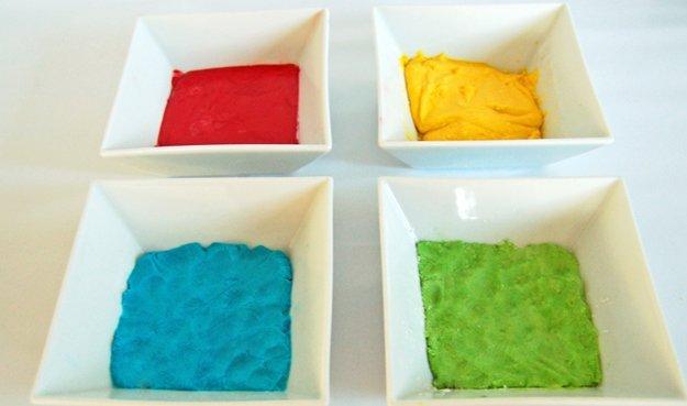 Badekugeln in verschiedenen Farben selber machen