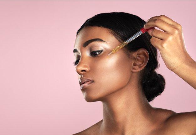 Getöntes Gesichtsöl verspricht die ultimative Makeup-Revolution