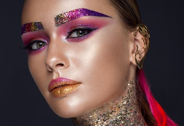 Augenbrauen Trends: Die tollsten und absurdesten Looks
