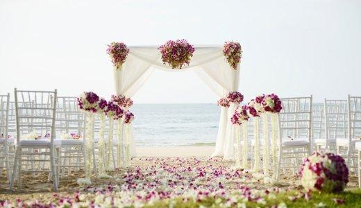 Besondere Hochzeitslocations: Schloss, Strand und Garten