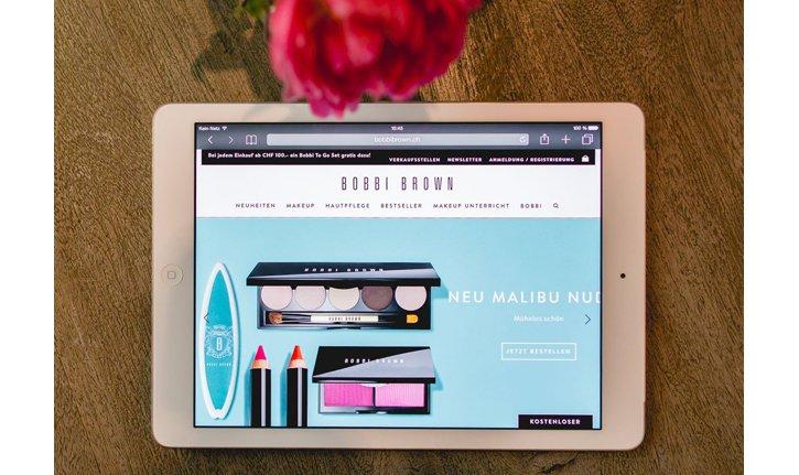 Bobbi Brown Webshop passt sich unserem tablet und Smartphone an.