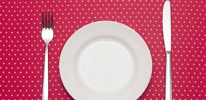 Annulation du dîner: vous vous privez de dîner en dormant?