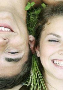 Frühlingsgefühle: Flirten Sie sich in Lenz-Laune!