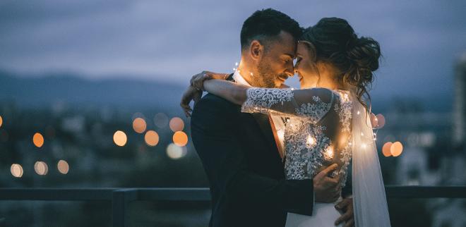 Hochzeitslieder: Weddingexpertin Claudia Magas von Hochzeit um 3 hat die besten Tipps für deine Hochzeitsmusik