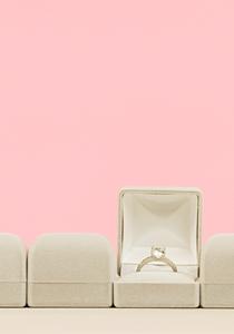 Was dein Verlobungsring über dich aussagt
