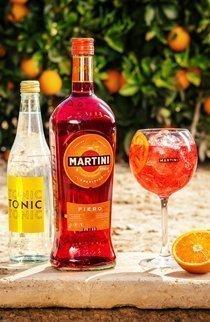 Sommer Trendgetränk zum Selbermachen: Martini Fiero & Tonic