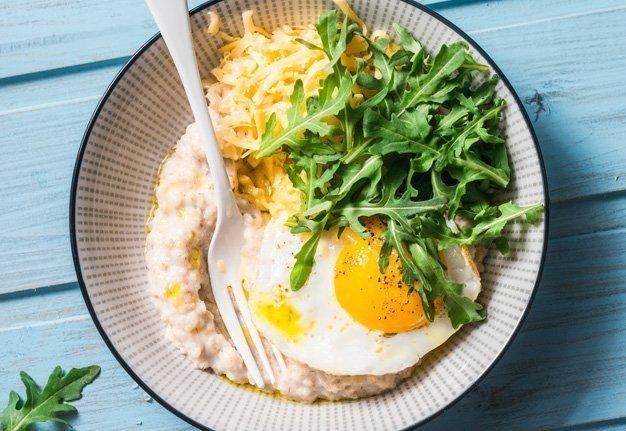 Salzige Porridge Rezepte: Das ist Oatmeal mal anders!