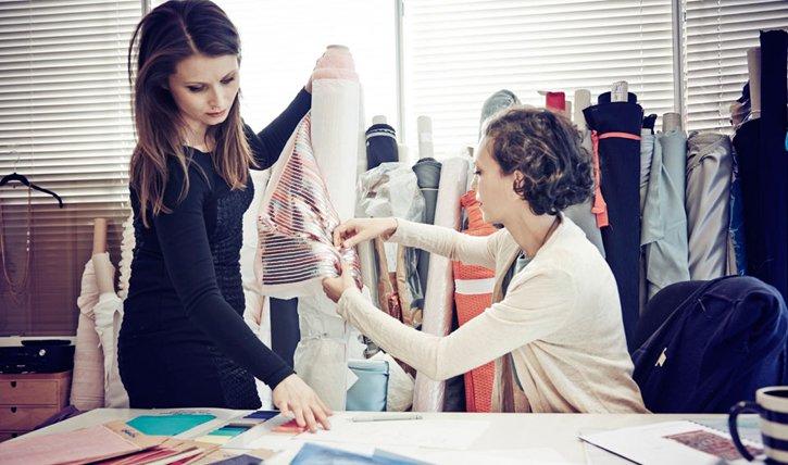 Little Black Dress erobert die Schweizer Mode