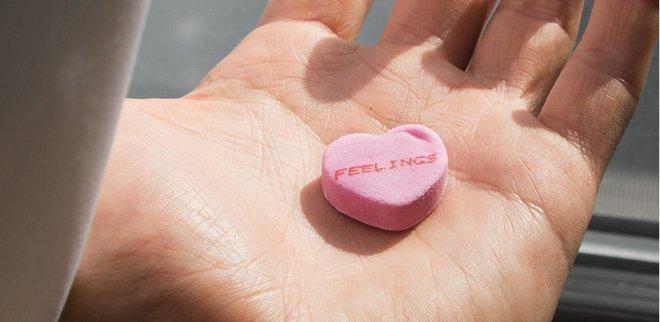 Trennung verarbeiten: Das hilft gegen Herzschmerz