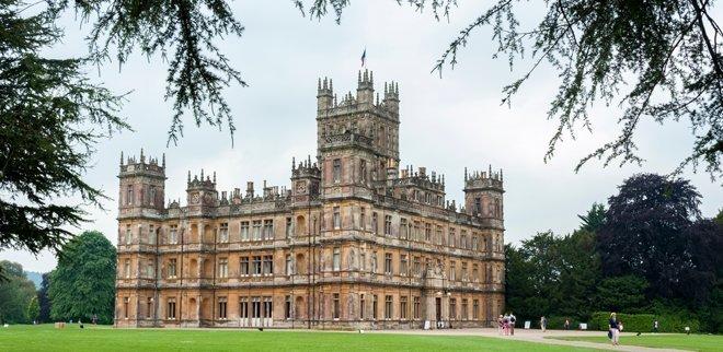 Downton Abbey Fand aufgepasst! Die Kultserie kehrt zurück.