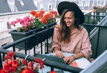 Nord, Ost, Süd, West: Welche Pflanzen auf welchem Balkon am besten wachsen