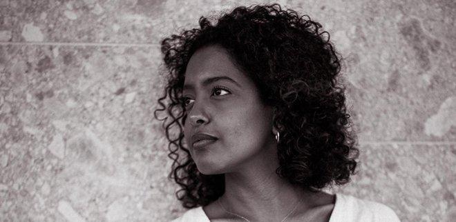 Sara Aduse nutzt ihre Erfahrung mit Genitalverstümmelung