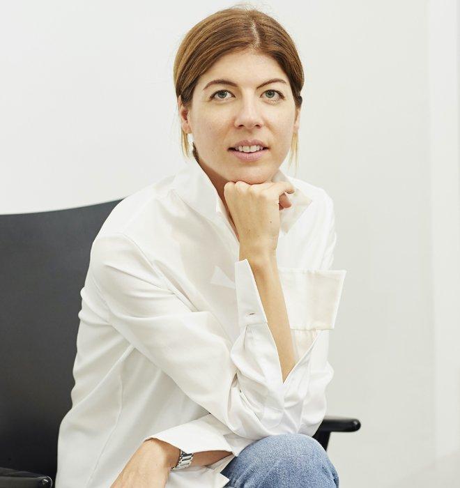 Fashion Designerin Noële Nana Schaffner ist Gründerin des Schweizer Modelabels NOMADISSEM