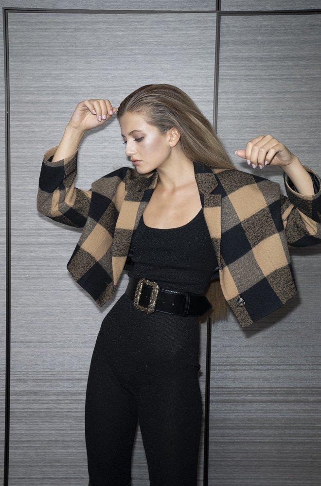 Herbst-Modetrend: Wollblazer und Statement Gurt