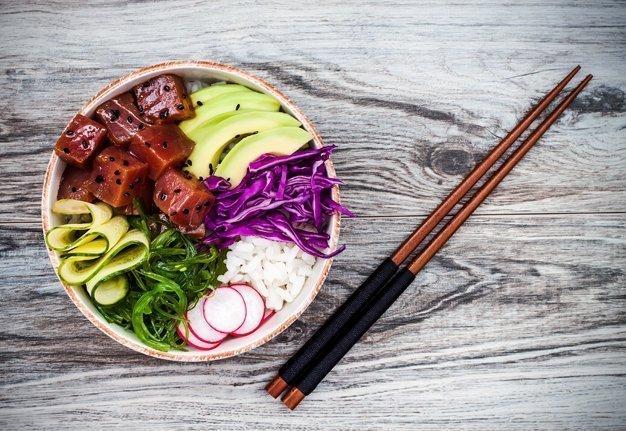 Aloha Poké Bowls: So gesund und so einfach zuzubereiten
