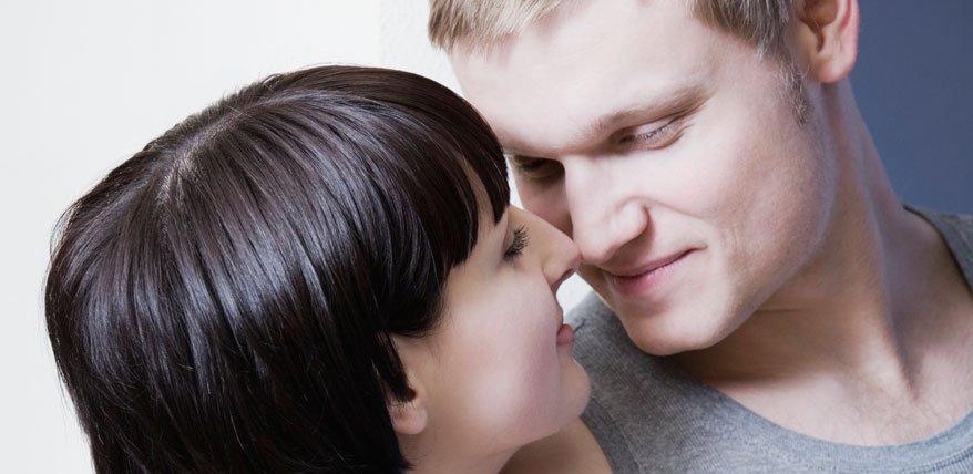 Pheromone sorgen dafür, dass sich Menschen ineinander verlieben, die genetisch zusammenpassen.