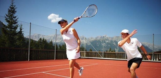 Tennis im Hotel Interalpen