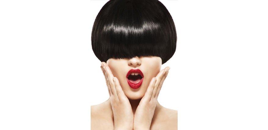 Der Sleek Look steht für glänzende Prachtmähnen mit akkuraten Schnitten und raffinierten Frisuren.