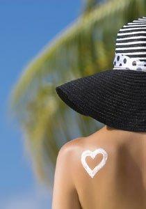 Beauty Talk: Wie schütze ich sonnenempfindliche Haut am Meer?