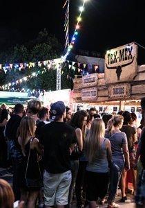 Schlemmen erlaubt! Wir stellen dir die besten Schweizer Street Food Festivals vor