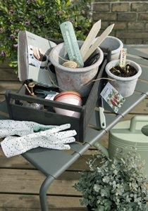Balkongarten anlegen: 5 Tipps fürs Gärtnern auf kleinem Raum
