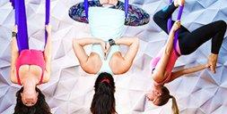 Aerial-Yoga: Unsere Redakteurin trotzt der Schwerkraft