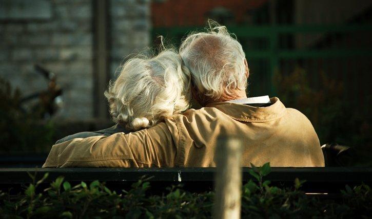 Was diese süsse ältere Paare zusammenhält, verraten uns diese Studien.