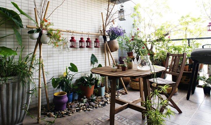 Balkon-garten Anlegen: 5 Tipps Fürs Gärtnern Auf Kleinem Raum Balkon Gemuse Garten Anlegen