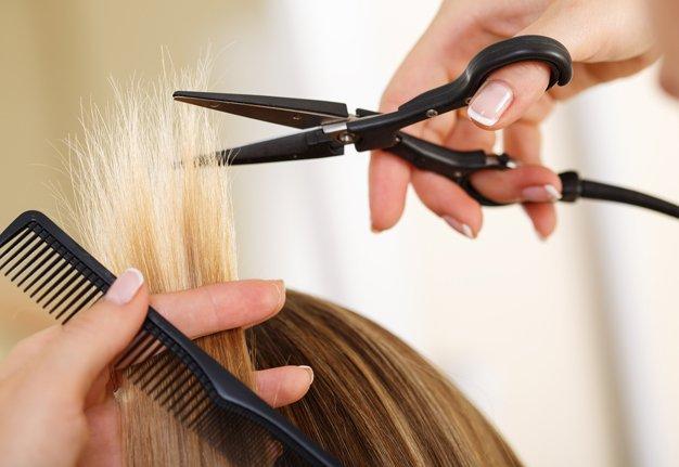 Heisse Schere: Wir testen den Care Cut für splissfreies Haar