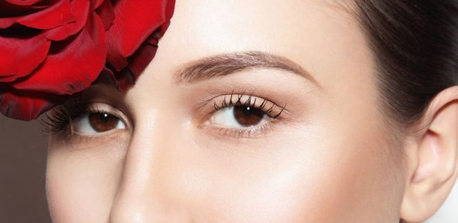 Concealer kann mehr als abdecken. So konturieren und modellieren Sie Ihr Gesicht mit Concealer.