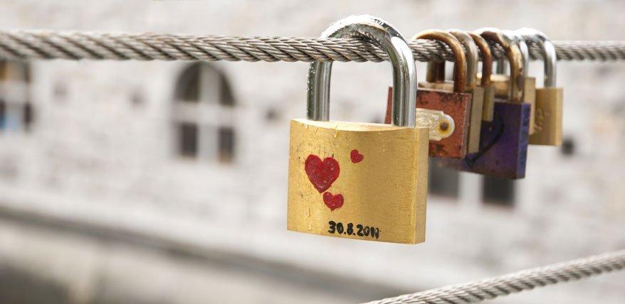 Für von der Heiratsstrafe betroffene Paare lohnt sich die Hochzeit finanziell nicht.