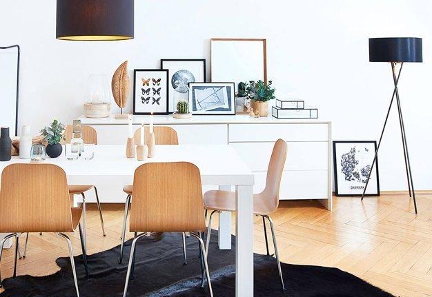 Einrichtngstipp: Setze auf viele, indirekte Lichtquellen statt nur einer grellen Deckenleuchte.