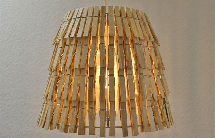 dekoideen f r schlafzimmer lampe aus w scheklammern. Black Bedroom Furniture Sets. Home Design Ideas