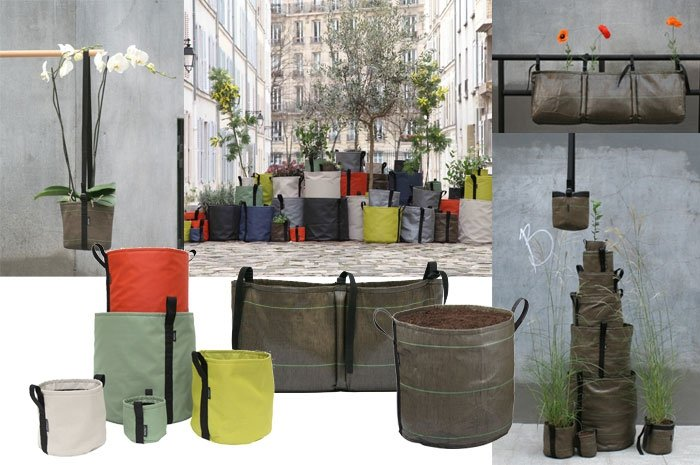 einfache platzsparer den balkon mit pflanzens cken gestalten. Black Bedroom Furniture Sets. Home Design Ideas