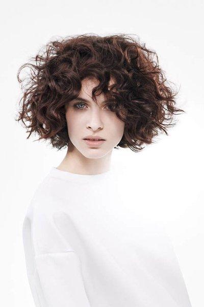 Mach Mal Halblang Die Neuen Frisuren Fur Mittellanges Haar