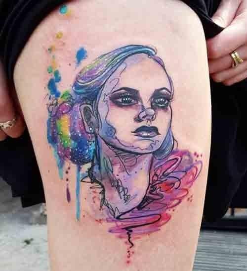 wasserfarben tattoo ein farbiges portrait auf dem. Black Bedroom Furniture Sets. Home Design Ideas