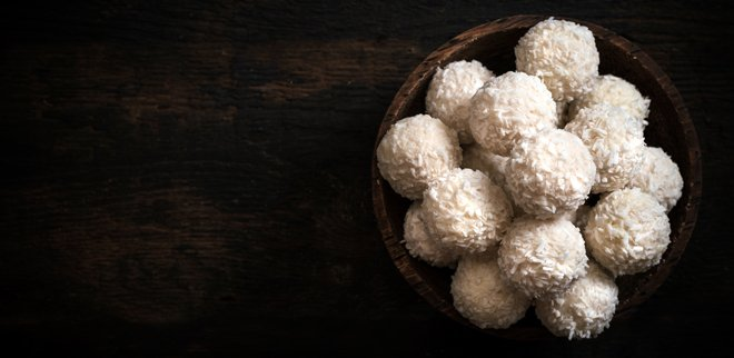 Kalorienarme Snacks: Kokoskugeln