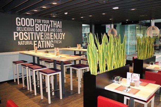 Kinderfreundliches Restaurant mitten im Zentrum. Ch Cha bietet thailändische Küche und positive Vibrationen.
