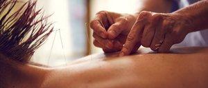 Dossier Komplementärmedizin: Alternative Behandlungsmethoden im Überblick