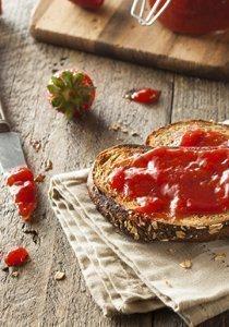Konfitüre selber machen: Süsse, exotische und würzige Konfi Rezepte