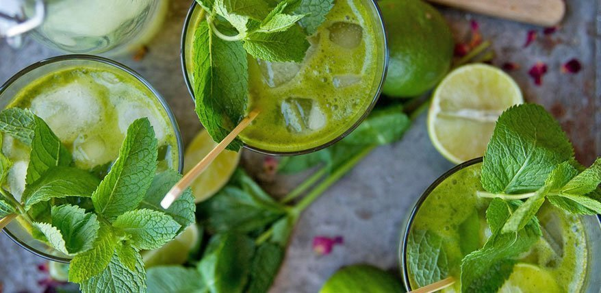 limonade rezept limonade selber machen mit minze und. Black Bedroom Furniture Sets. Home Design Ideas
