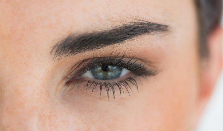 Microblading für deine Augenbrauen