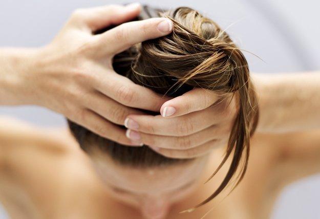 Die beste Pflege für fettiges Haar.