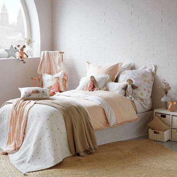 zara home gibt s jetzt auch in z rich. Black Bedroom Furniture Sets. Home Design Ideas